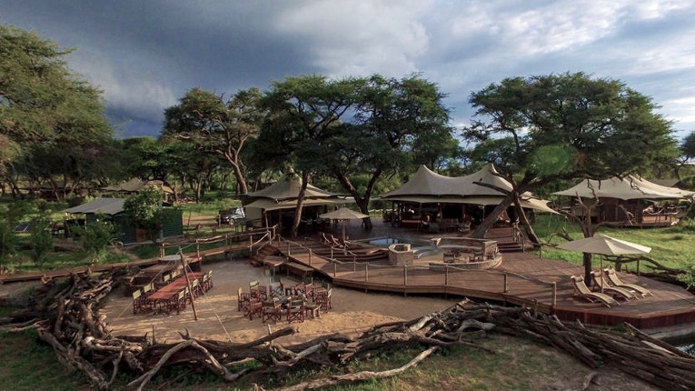 Luxury safari architecture